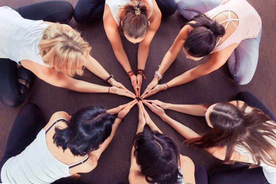 cercle de femme par espace emeraude